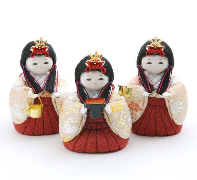 三人官女 雪うさぎ・桜色